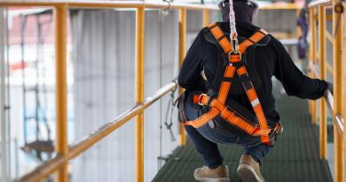 Formation Travail sur toiture et charpente – pose de filet anti-chute